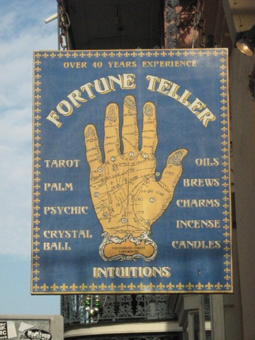A picture of a fortune teller sign.